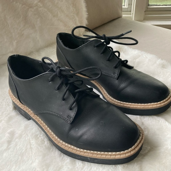 H&M Black & Tan Chunky Oxford Tie Loafers